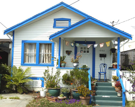 Bartcop entertainment archives friday 22 july 2005 - White house with blue trim ...